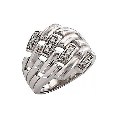 Серебряное кольцо Ювелирное изделие 32642 ювелирное изделие 121197