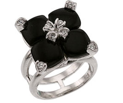 Серебряное кольцо Ювелирное изделие 33749