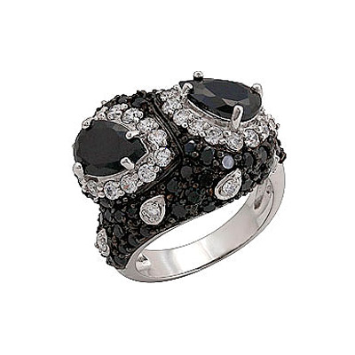 Серебряное кольцо Ювелирное изделие 70772