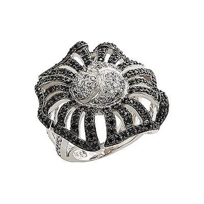 Серебряное кольцо Ювелирное изделие 80558 ювелирное изделие 127140