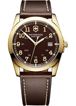 цена Victorinox Swiss Army Часы Victorinox Swiss Army 241645. Коллекция Infantry Vintage онлайн в 2017 году