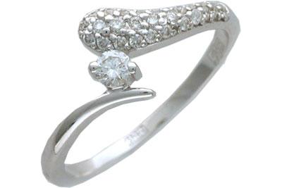 Золотое кольцо Ювелирное изделие 01K623518