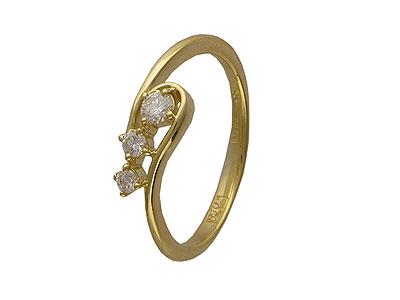 Золотое кольцо Ювелирное изделие 01K643663