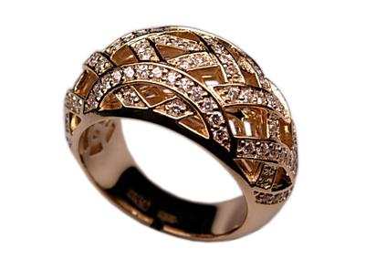 Золотое кольцо Ювелирное изделие 01K643911