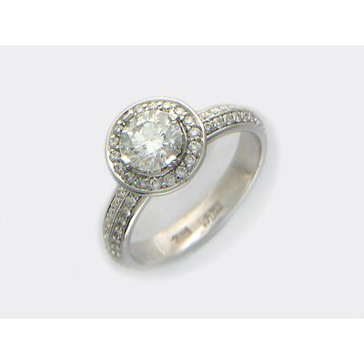 Золотое кольцо Ювелирное изделие 01K674040