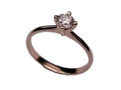 Золотое кольцо Ювелирное изделие 01K674137