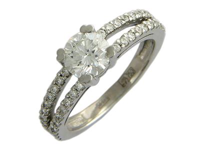 Золотое кольцо Ювелирное изделие 01K674197