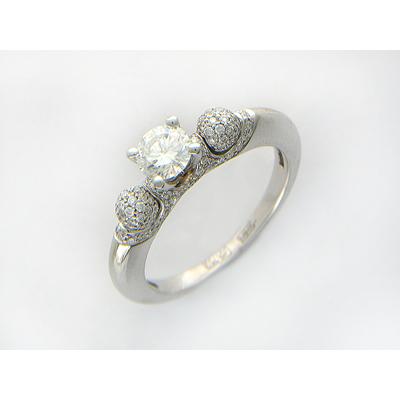 Золотое кольцо Ювелирное изделие 01K674633