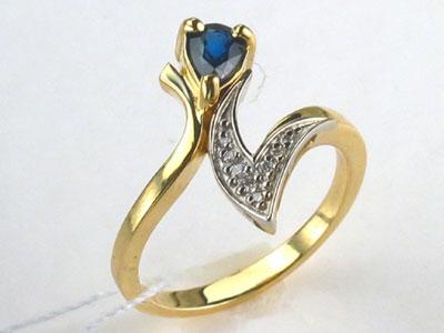 Золотое кольцо Ювелирное изделие 01K682651