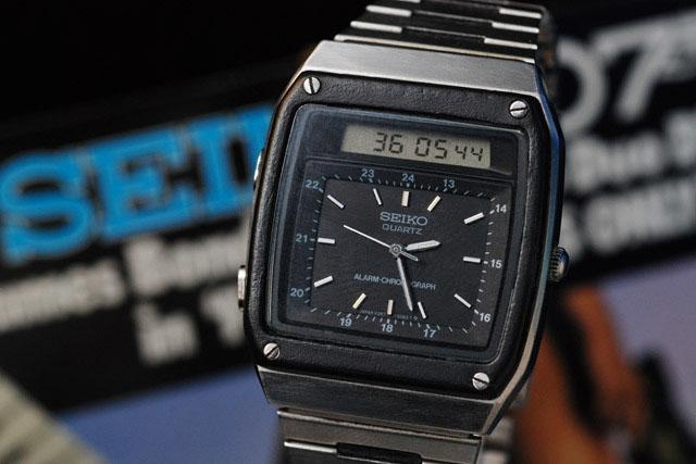 Мужские электронные наручные часы сейко