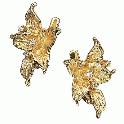 Эффектные серьги из желтого золота украшены 4 бриллиантами с характеристиками : цвет- 4, чистота- 5, качество огранки...