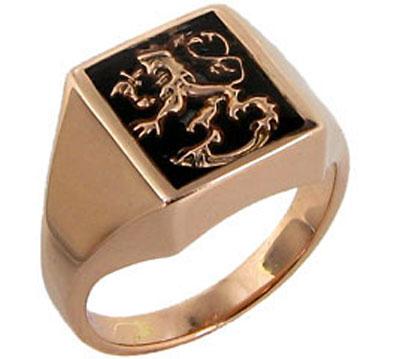Золотая печатка лев с гербом