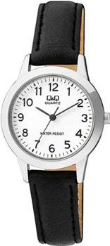 Японские наручные  женские часы Q&Q Q947J304. Коллекция Standard