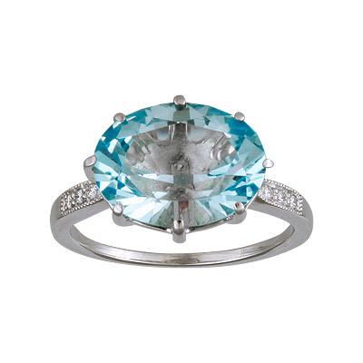 Купить Золотое кольцо 90010RS, Кольцо с бриллиантами и топазом. 6 бриллиантов 0, 04 карат; 1 топаз; 1, 08 г. Материал: белое золото 585 пр. Средний вес: 3.96 гр.., Ювелирное изделие