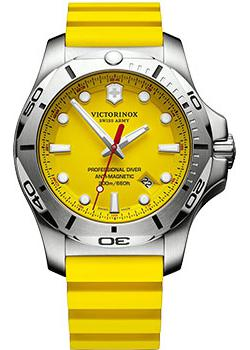 Швейцарские наручные мужские часы Victorinox Swiss Army 241735. Коллекция I.N.O.X.