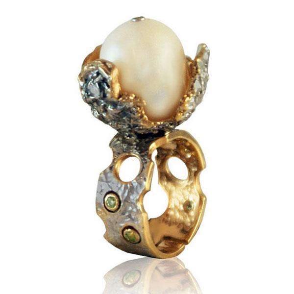 Купить Серебряное кольцо 1074j, Кольцо Beavers из серебра 925 пр. Покрытие: Родий. Вставка: Жемчуг. Вес: 15, 13 гр.., Ювелирное изделие