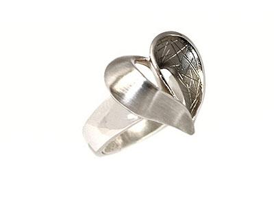 Серебряное кольцо  07214