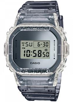 Японские наручные мужские часы Casio DW-5600SK-1ER. Коллекция G-Shock фото