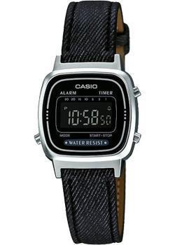 Японские наручные  женские часы Casio LA670WEL-1B. Коллекция Standart Digital