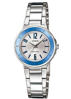 Японские наручные  женские часы Casio LTP-1367D-7A. Коллекция Standard Analog