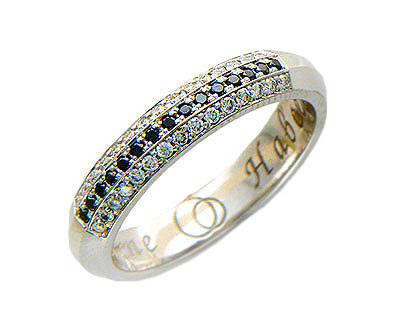 Кольцо обручальное средний вес 5.16 г., Белое золото 585 пробы, Вставки - бриллианты. Ширина 4,50мм. - Золотое кольцо  01O620152