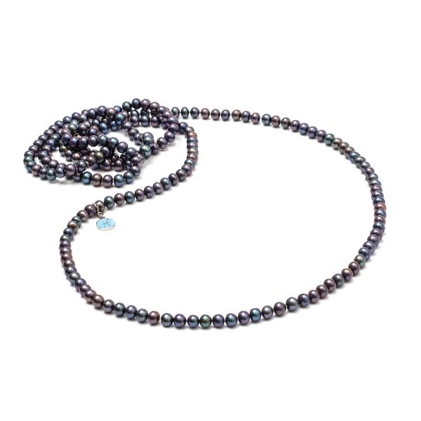 Купить Серебряное кольцо NP2279, Длинное ожерелье Павлин из тёмного жемчуга. Вот оно - универсальное длинное жемчужное ожерелье, о которых мечтают все модницы мира независимо от сезона! Длинное ожерелье из пресноводного жемчуга оттенка павлин серьезный акцент, который задаст тон всему образу. Украшения с черным жемчугом всегда пользуются особой популярностью. Вид жемчуга: пресноводный. Диаметр жемчуга 5.5-6 мм. ., Ювелирное изделие