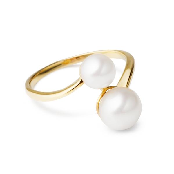 Купить Золотое кольцо NP3510, Золотое кольцоnbsp;Elegance с белым натуральным жемчугом имеет лаконичный сдержанный дизайн. Такое ювелирное украшение от жемчужной марки nasonpearl выберет женщина с безупречным утонченным вкусом. Размеры кольца: 17; 18. Вид жемчуга: Пресноводный. Категория качества: AAA. Диаметр жемчуга (мм.): 5, 5-6; 7-7, 5. Цвет: Белый. Материал: Золото 585, жемчуг. ., Ювелирное изделие