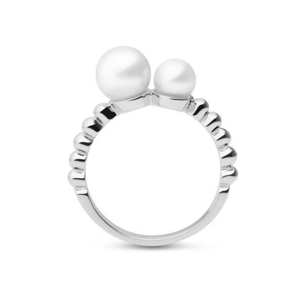 Купить Серебряное кольцо NP3791, Серебряное кольцо Луна с белым культивированным жемчугом станет счастливым талисманом своей обладательницы.nbsp;Луна являетсяnbsp;символом красоты и олицетворяет женскую силу. Размеры кольца: 16;17;18. Вид жемчуга: Пресноводный. Категория качества: AAA. Диаметр жемчуга (мм.): 5, 5-6; 7-7, 5. Цвет: Белый. Материал: Серебро 925, жемчуг. ., Ювелирное изделие