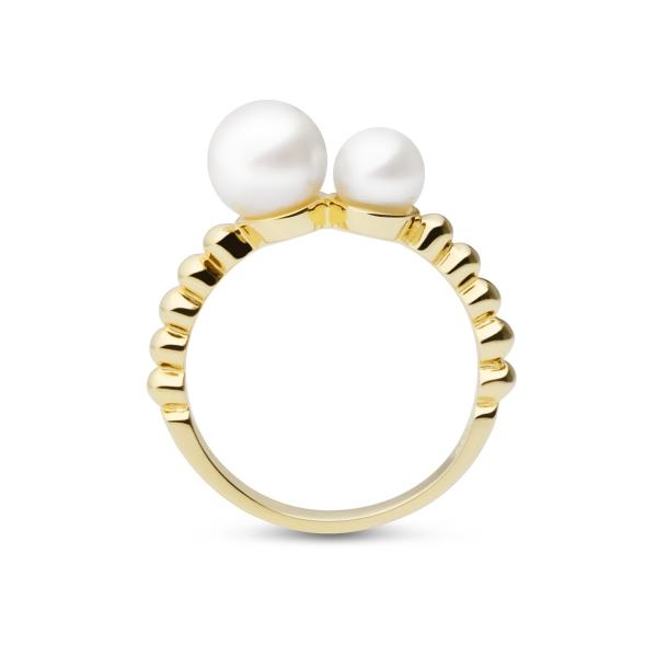 Купить Серебряное кольцо NP3792, Образец элегантности и женственности - позолоченное кольцо с белым натуральным жемчугом из коллекции Луна.nbsp;Изящные линии в сочетании с бархатным сиянием жемчуга добавляют украшению шарма и очарования.nbsp; Размеры кольца: 16;17;18. Вид жемчуга: Пресноводный. Категория качества: AAA. Диаметр жемчуга (мм.): 5, 5-6; 7-7, 5. Цвет: Белый. Материал: Серебро 925 с позолотой, жемчуг. ., Ювелирное изделие